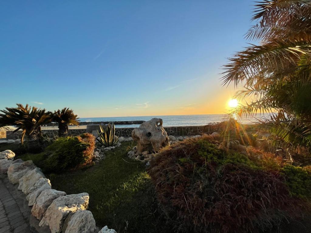 le mandrelle beach resort-tramonto